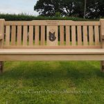 Oak bench with a central photo engraving of a dog